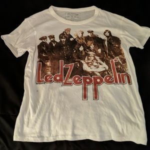 led Zeppelin tee size small